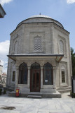 Istanbul Suleymaniye Mosque Grave Roxelana 2015 1263.jpg
