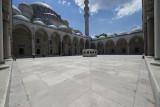 Istanbul Suleymaniye Mosque Inside court area 2015 1225.jpg