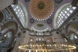 Istanbul Suleymaniye Mosque Interior 2015 1300.jpg