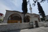 Istanbul Zincirli Kuyu mosque 2015 9328.jpg