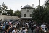 Istanbul Iftar at Suleymaniye2704.jpg