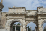 Ephesus Mazeus and Mythridates gate October 2015 2767.jpg