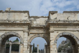 Ephesus Mazeus and Mythridates gate October 2015 2768.jpg