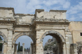 Ephesus Mazeus and Mythridates gate October 2015 2769.jpg