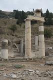 Ephesus Rhodesian Peristyle October 2015 2669.jpg