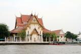 Wat Rakhangkhositraram Woramahavihan across the Chao Phraya