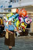 Ballon seller, Mikonos