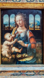 Madonna of the Carnation, Maria mit dem Kinde, Leonardo da Vinci, 1452-1519, Alte Pinakothek, Munich, Bavaria, Germany
