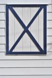 Barn window 3751