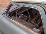 Old car B249161