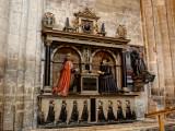 memorial to Thomas and Christian Machen 1614