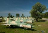 A magyar vadászgép-temető  -  Hungary's graveyard of jet fighters