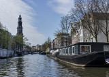 Houseboat living (2)