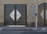 Striking doors (1)
