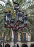 Gaudí in Plaça Reial