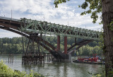 Dismantling of the old Sellwood Bridge
