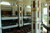 Empire Hotel, atrium