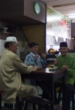 Three friends, Chinatown