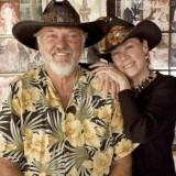 Lucky & Maureen 306_n.jpg
