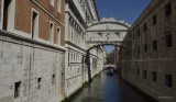 THE BRIDGE OF SIGHS / VENICE ITALY