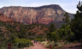 Hiking trail to the redrock