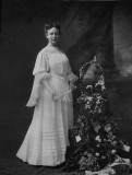 Beatrice Jenkins Spangenberg graduation from Memphis High School 1904.jpg