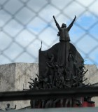 Chains / People Power Monument