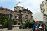 Binondo Church / Ramon Ongpin Statue