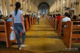 Baclaran Church: aisle