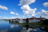 Grand Floridian resort and lake