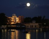 Full moon over Mexico