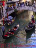 Venezia Canal Gondoliers
