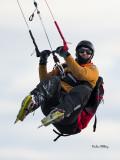 Kitesurfing and kitewing