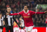 Bryan Ruiz scores his first PSV Eindhoven goal