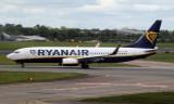 Ryanair Boeing 737-8AS at Dublin.jpg