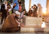 Akhond praying at Hafez's tomb - Shiraz
