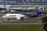A320-214s_5583_CCBFN.JPG