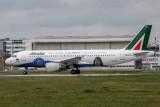 A320-216_3362_EI-DSM_AZA