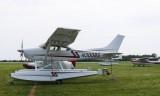 Cessna_C182Q_67647_N300BS_1980