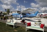 Cessna_C182S_80007_N682AS_1997