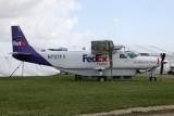 Cessna_C208B_N727FX_1995