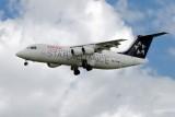 Bae-Avro_RJ100_3377_HB-IYV_2000_SWU_LFBO_001.jpg