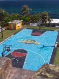 La Perla basketball court
