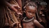 Mensen - Namibië - Omangete - Himba meisje.jpg