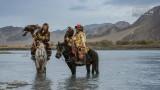 Mensen - Mongolie - Ulgii - Kazakse arendjagers.jpg