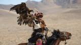 Mensen - Mongolie - Ulgii - Kazakse arendjager.jpg
