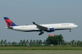 Delta Airbus A330-300 N818NW