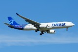 Air Transat Airbus A330-300 C-GTSD Welcome livery