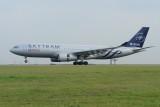 China Eastern Airbus A330-200 B-5949 Skyteam livery