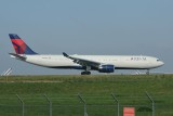 Delta Airbus A330-300 N822NW